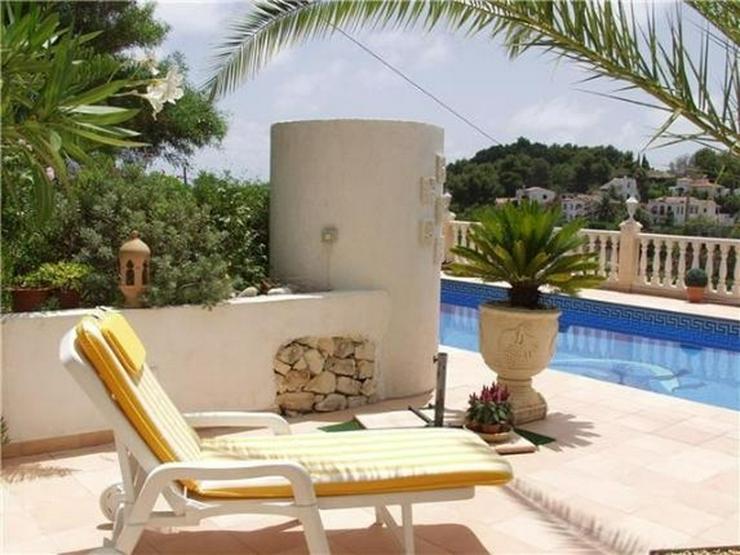 Bild 2: Neu renovierte Villa mit 2 Wohneinheiten, gr Pool und herrlicher Meersicht in Benissa (Bue...