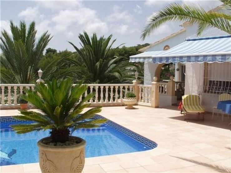 Bild 3: Neu renovierte Villa mit 2 Wohneinheiten, gr Pool und herrlicher Meersicht in Benissa (Bue...