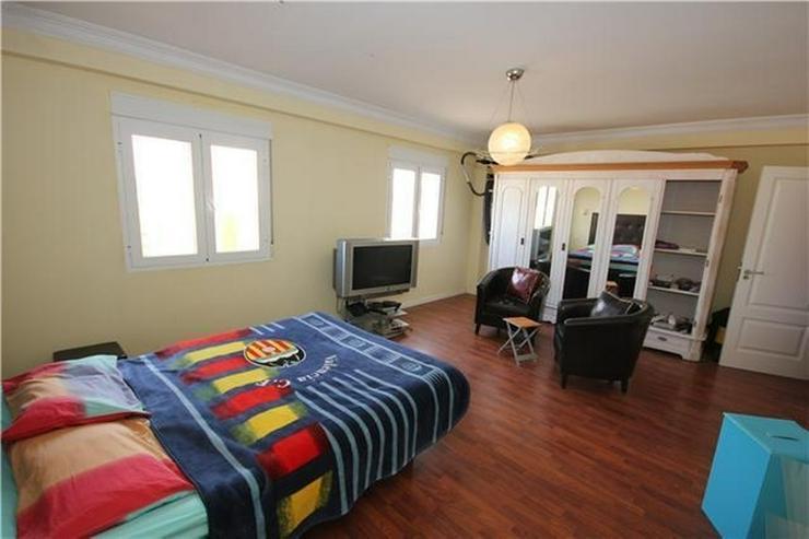 Bild 6: Kapitalanlage - Existenzgründung: Hostal mit Gästewohnungen nur 100 Meter vom Strand ent...
