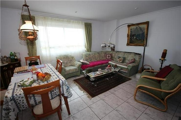 Bild 5: Schöne Penthauswohnung mit 3 Schlafzimmern, 2 Bädern, großer Dachterrasse, Jacuzzi, her...