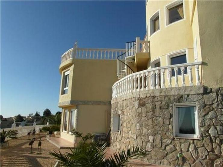 Bild 4: Großzügige Villa am Cumbre de Sol mit 4 SZ, Pool, Garage, Sauna, Meersicht