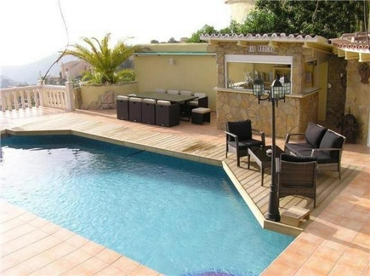 Bild 3: Großzügige Villa am Cumbre de Sol mit 4 SZ, Pool, Garage, Sauna, Meersicht