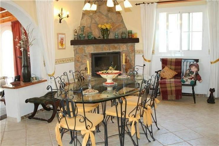 Bild 4: Private Villa in Pedreguer mit Einliegerwohnung, Pool und fantastischen Blicken auf das Me...