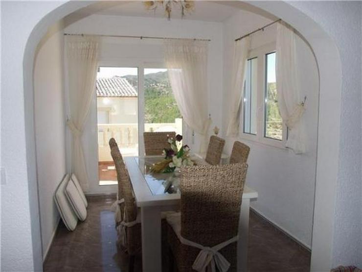 Bild 4: Attraktive Villa mit 3 Schlafzimmern, Pool und fantastischer Meersicht am Monte Pedreguer