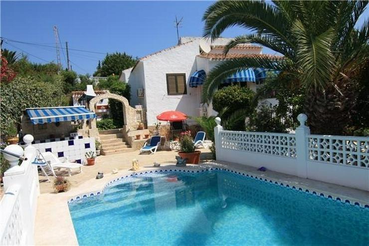 Gemütliche, sehr gepflegte Villa in ruhiger Lage mit separatem Gästehaus in Javea - Bild 1