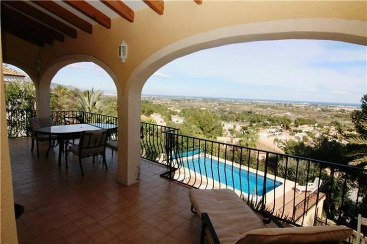 Bild 6: Sehr schöne Villa mit wunderschönen Blick auf das Meer und die Bucht von Valencia in La ...