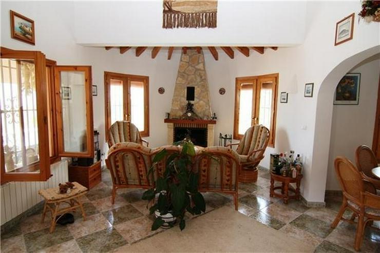 Bild 4: Attraktive, sehr gepflegte Villa mit schönem Panoramablick auf die Berge und das Meer am ...