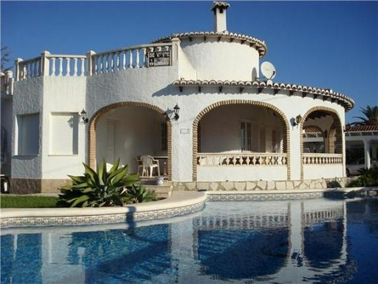 Ausbaufähige Villa mit kleinem Appartement, Carport, Pool, gr. Eckgrundstück in Els Pobl... - Haus kaufen - Bild 1