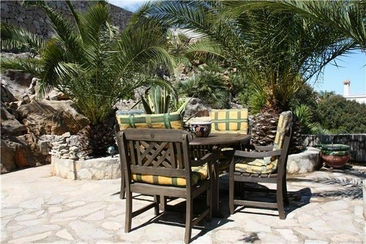 Bild 3: Schöne 4 SZ Villa mit Pool, wunderschöner Aussicht und grosser Einliegerwohnung in Monte...