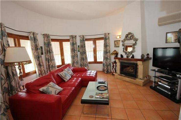 Bild 6: Großzügige 4 SZ Villa mit 4 BZ, sep. Apartment, Pool, BBQ, Stellplätze und traumhafter ...