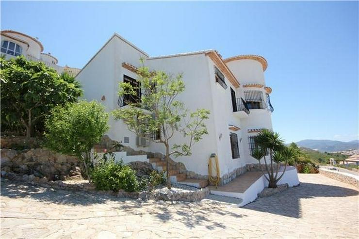 Bild 5: Großzügige 4 SZ Villa mit 4 BZ, sep. Apartment, Pool, BBQ, Stellplätze und traumhafter ...