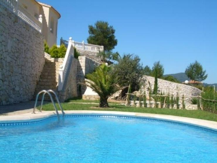 Bild 2: Geschmackvolle Villa mit fantastischem Meerblick in Oliva - San Pere