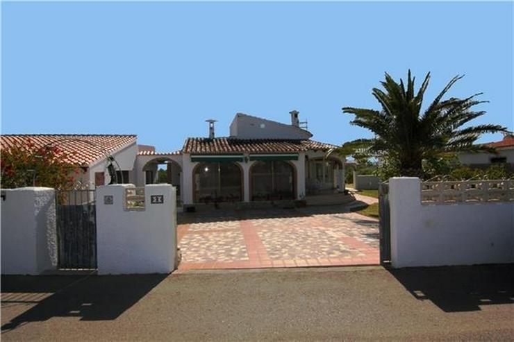 Bild 6: Villa mit 3 SZ und großem Grundstück nur ein paar Minuten zu Fuß von Els Poblets.