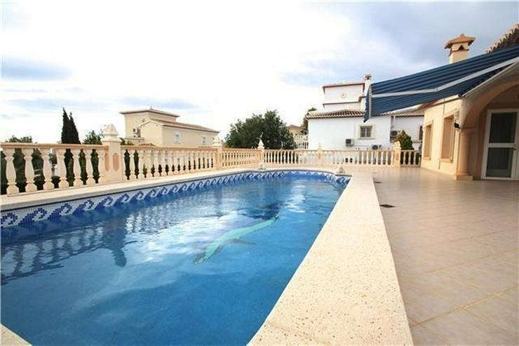 Bild 2: ?Sonniges Anwesen in Calpe, tolle Lage, 3SZ, Pool, Kamin, Garage, Stellplatz, BBQ, Ausse...