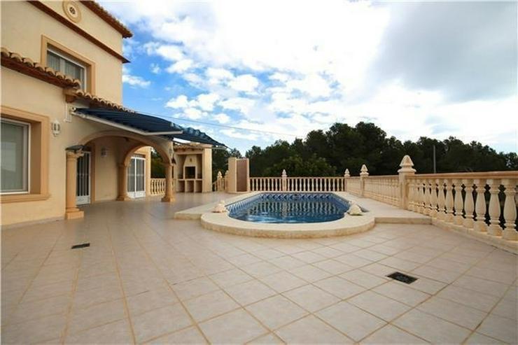 Bild 5: ?Sonniges Anwesen in Calpe, tolle Lage, 3SZ, Pool, Kamin, Garage, Stellplatz, BBQ, Ausse...