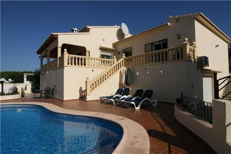 Neuwertige Villa in sonniger und ruhiger Lage mit Pool - Haus kaufen - Bild 1