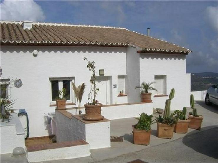 Sehr gepflegtes Reiheneck-Haus mit traumhaften Meerblick und Gemeinschafts-Pool - Haus kaufen - Bild 1