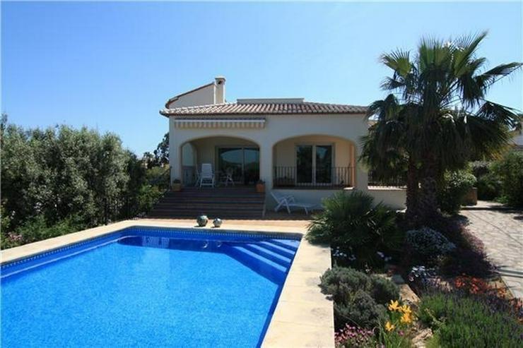 Bild 1: Elegante Villa in Javea mit separaten Appartement und Pool