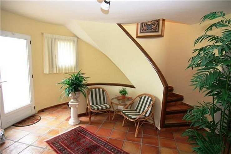 Bild 6: Wunderschöne große Villa am Monte Pego mit 4120qm Grund, 5 SZ, Pool und Meerblick