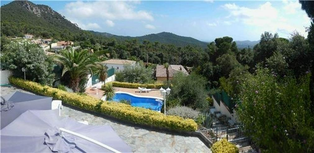 Bild 3: Schöne, privat gelegene Villa mit Pool und 4 -5 Schlafzimmern nahe Sant Feliu