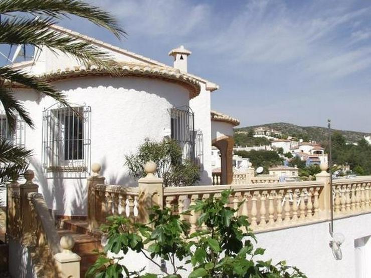 Freistehende Villa mit Gemeinschaftspool, 4-5 SZ, FH, Klimaanlage, Kaminofen, Meersicht na... - Bild 1