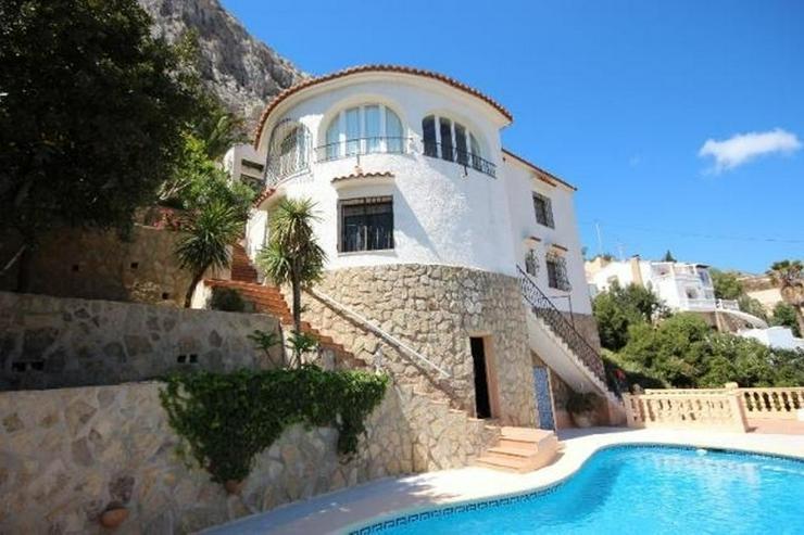 Attraktive Villa mit 2 WE, ZH, Pool in beliebtem Wohngebiet mit Meerblick - Haus kaufen - Bild 1
