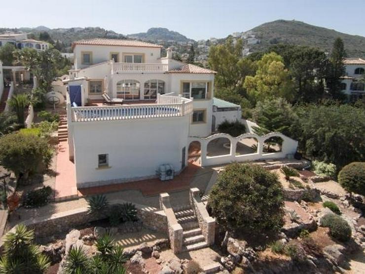 Schöne Villa mit herrlicher Aussicht auf das Meer und die Berge in ruhiger Lage mit Pool ... - Haus kaufen - Bild 1
