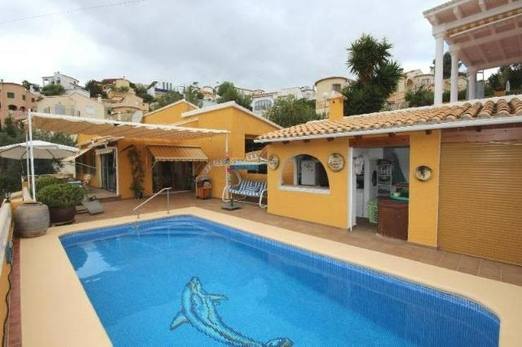 Sehr gepflegte 3 SZ Villa mit Pool, Garage, ZH, Sauna, Jacuzzi, BBQ im Bergidyll Adsubias - Haus kaufen - Bild 1
