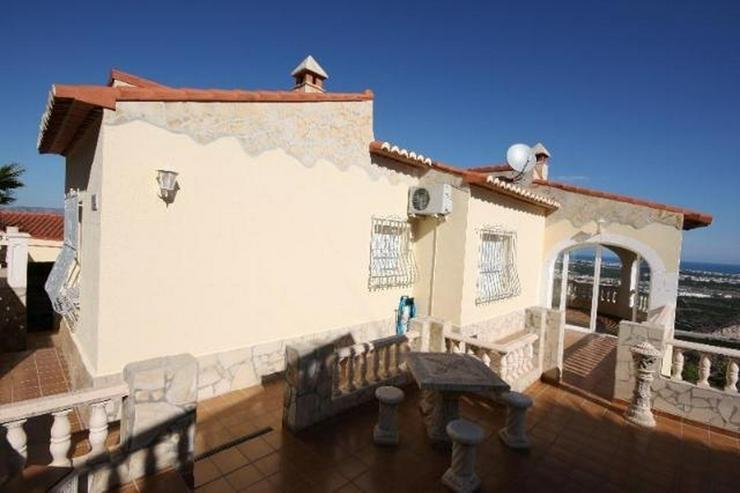 Gepflegte 3 Schlafzimmer Villa, in herrlicher Aussichtslage bei Oliva - Haus kaufen - Bild 1