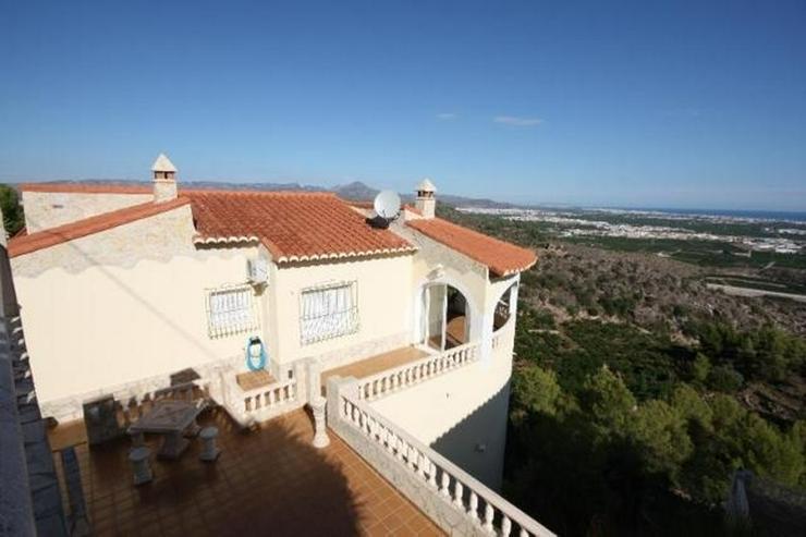 Bild 4: Gepflegte 3 Schlafzimmer Villa, in herrlicher Aussichtslage bei Oliva
