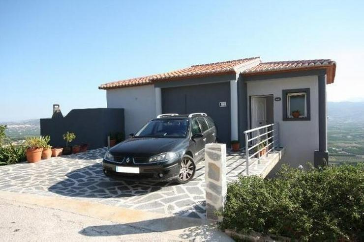Moderne 3 Schlafzimmer Villa mit Pool und herrlicher Panoramasicht in Sanet y Negrals - Haus kaufen - Bild 1