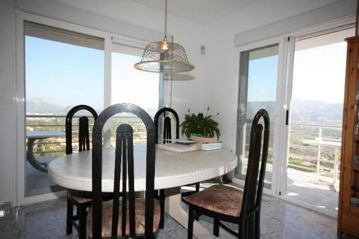 Bild 6: Moderne 3 Schlafzimmer Villa mit Pool und herrlicher Panoramasicht in Sanet y Negrals