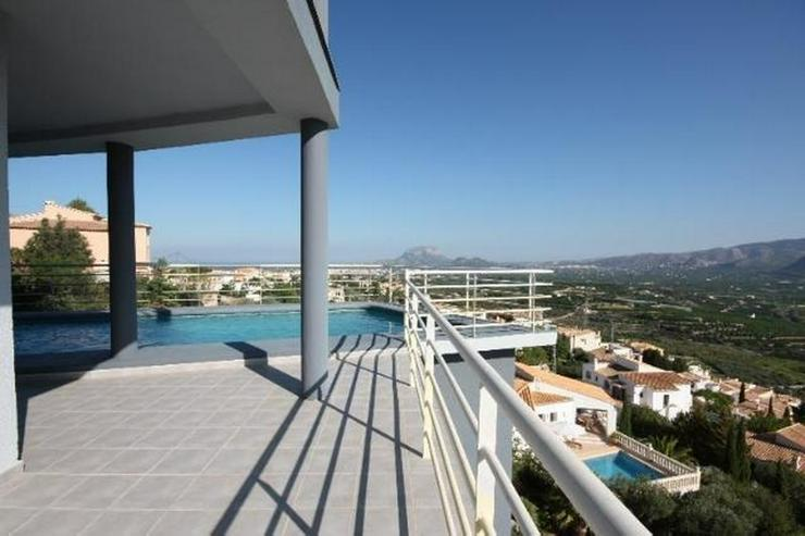 Bild 4: Moderne 3 Schlafzimmer Villa mit Pool und herrlicher Panoramasicht in Sanet y Negrals
