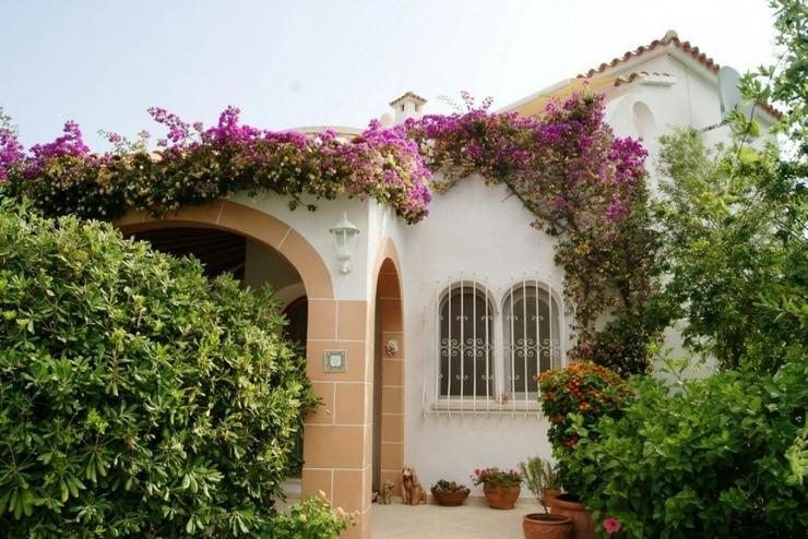 Bild 1: Villa in Denia