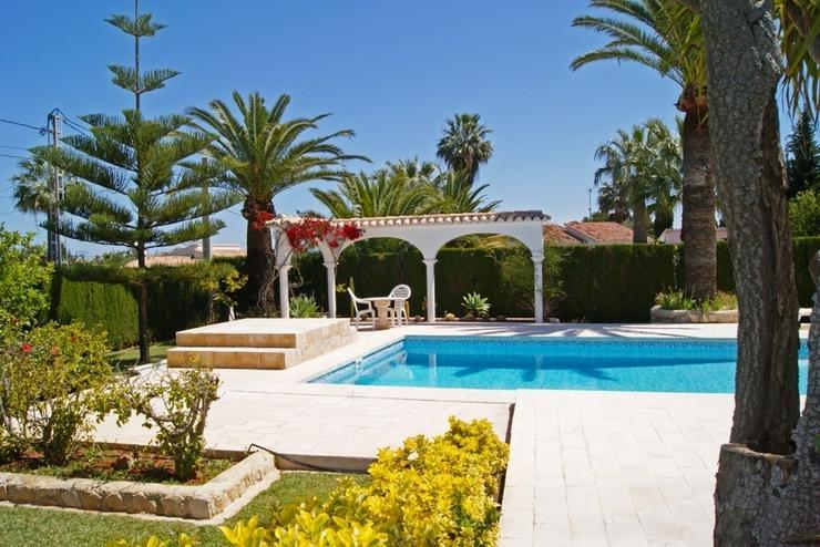 Bild 2: Villa in La Xara.