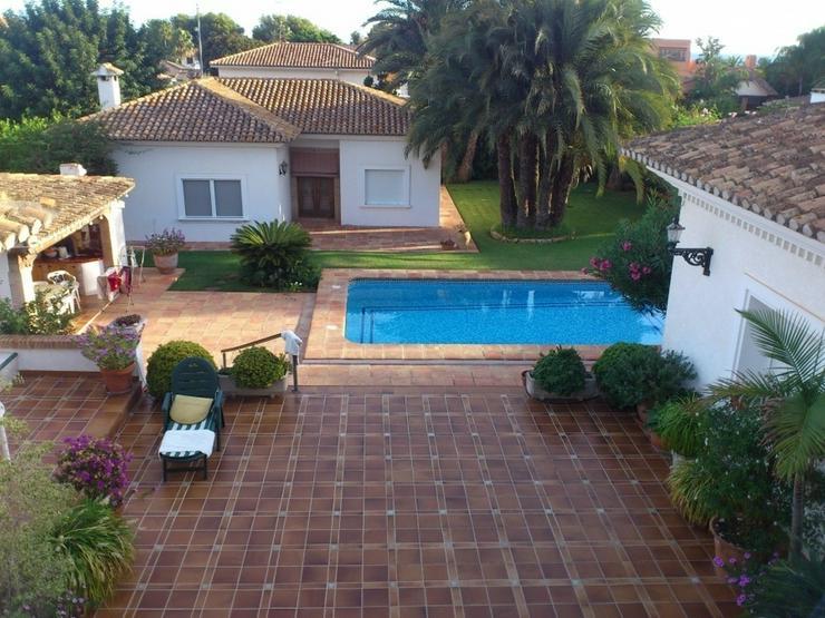 Villa in Denia. - Haus kaufen - Bild 1