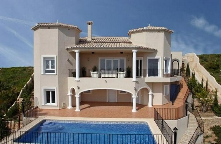 Villa in Benitachell, Cumbre del Sol - Haus kaufen - Bild 1