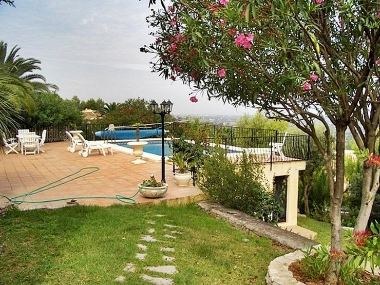 Bild 4: Villa in Pedreguer.
