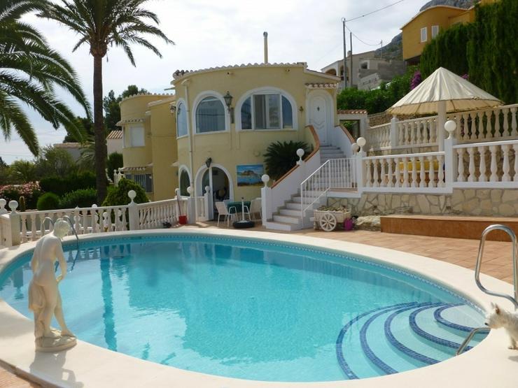 Bild 2: Ruhig gelegene Villa in Denia