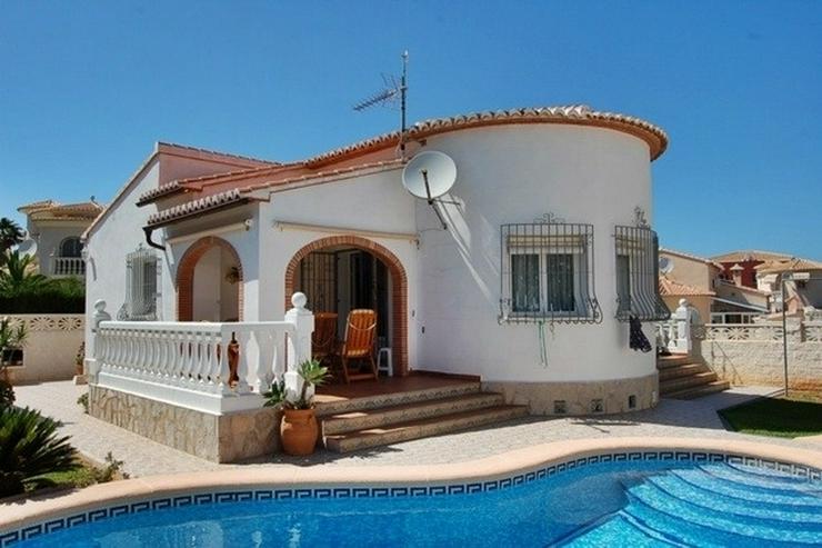 Gepflegte Villa am Stadtrand - Denia - Haus kaufen - Bild 1