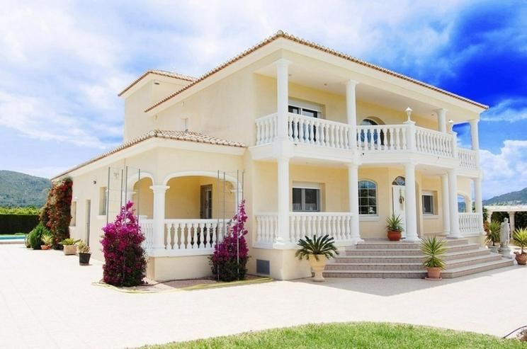 villa in pedreguer in pedreguer spanien auf. Black Bedroom Furniture Sets. Home Design Ideas