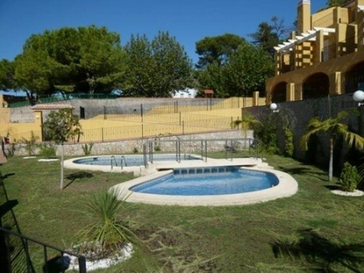 Bild 1: Neues Stadthaus in Sanet y Negrals