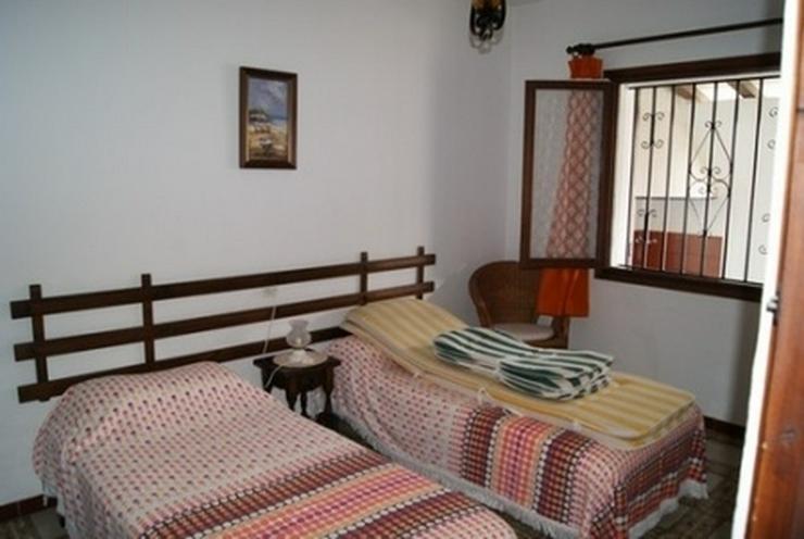 Bild 3: Reihenhaus in Els Poblets