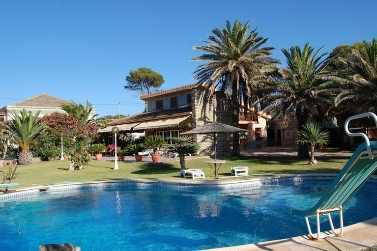 Villa in unübertrefflicher Lage - Haus kaufen - Bild 1