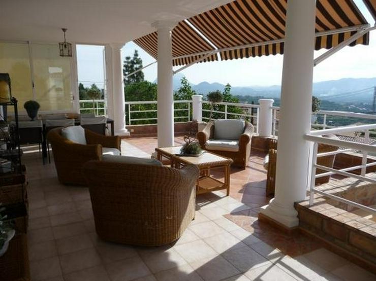 Bild 4: Schöne, sehr gepflegte Villa mit Pool und atemberaubenden Panoramablick in Sanet y Negral...