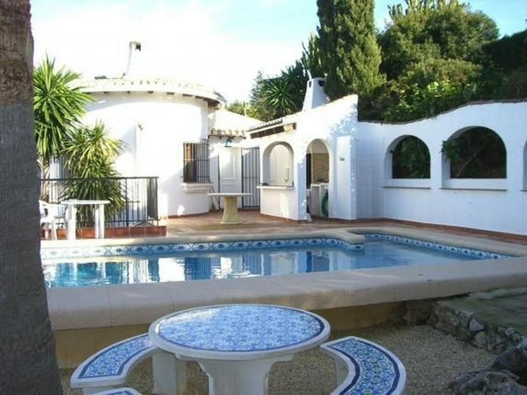 Bild 2: Gepflegte Villa mit Pool, 3 Schlafzimmer, Zentralheizung und herrlicher Meersicht am Monte...