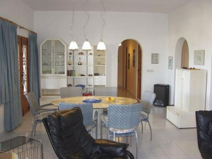 Bild 6: Gepflegte Villa mit Pool, 3 Schlafzimmer, Zentralheizung und herrlicher Meersicht am Monte...