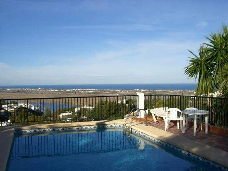 Bild 3: Gepflegte Villa mit Pool, 3 Schlafzimmer, Zentralheizung und herrlicher Meersicht am Monte...