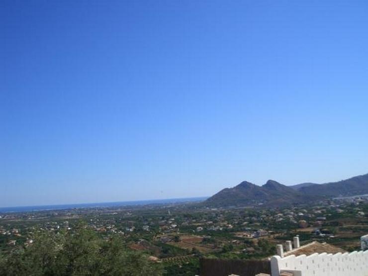 Bild 3: Schönes Baugrundstück mit herrlicher Fernsicht auf das Meer am Monte Solana
