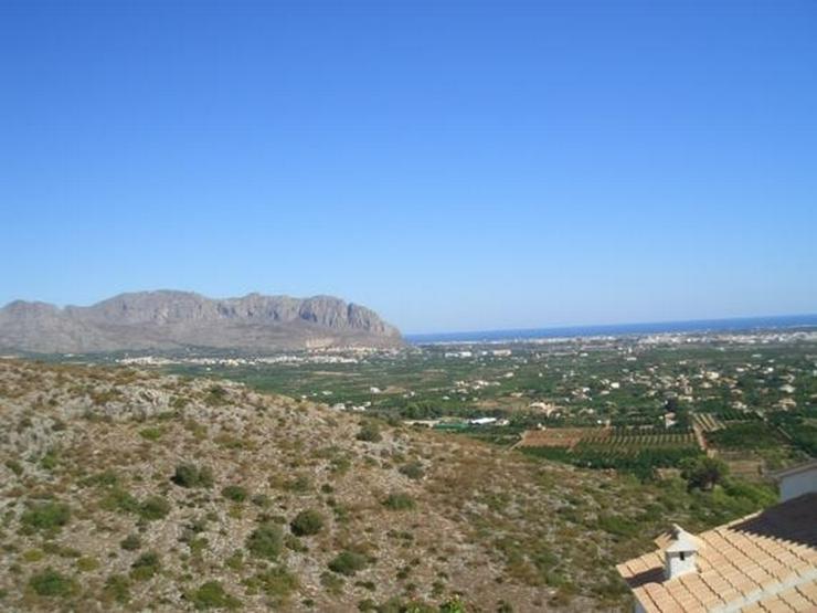 Bild 4: Schönes Baugrundstück mit herrlicher Fernsicht auf das Meer am Monte Solana